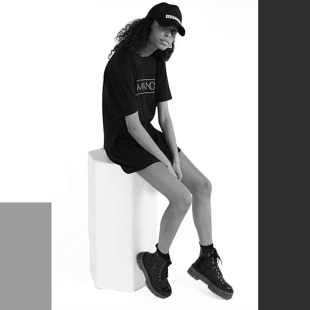 humanos fashion model